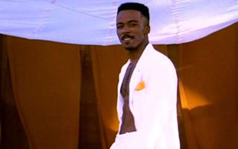 Photo of 90's R&B artist Ralph Tresvant