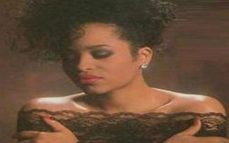 picture of miki howard
