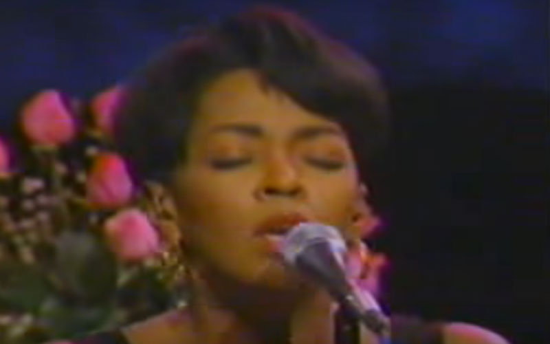 Image still of the music video body and soul (LIVE) by anita baker