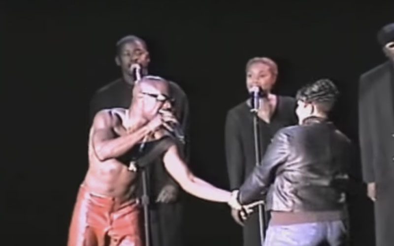 Image still of the music video i miss you (LIVE) by aaron hall